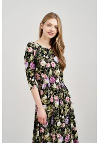 Marie Zélie - Sukienka Emelina Delicate fioletowa. Kolor: fioletowy. Materiał: wiskoza, dzianina, materiał, elastan, tkanina, guma. Styl: klasyczny. Długość: midi