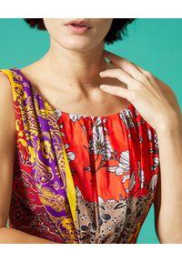 Manila Grace - MANILA GRACE - Bawełniana maxi sukienka w kwiatowy wzór. Kolor: czerwony. Materiał: bawełna. Wzór: kwiaty. Sezon: lato. Długość: maxi