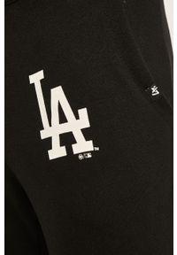 Czarne spodnie dresowe 47 Brand
