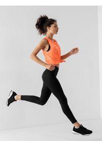 4f - Top do biegania szybkoschnący damski. Kolor: pomarańczowy. Materiał: dzianina, skóra. Sport: bieganie