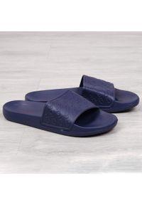 Niebieskie klapki Cross Jeans
