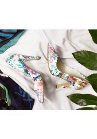 Czółenka Zapato w kolorowe wzory, do domu