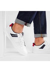 Jack & Jones - Sneakersy JACK&JONES - Jfwbyson 12181823 Bright White. Okazja: na co dzień. Kolor: biały. Materiał: skóra ekologiczna, materiał. Szerokość cholewki: normalna. Styl: casual #5