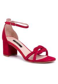 Czerwone sandały Gino Rossi
