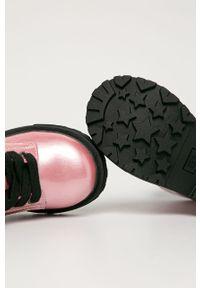 Różowe botki TOMMY HILFIGER na sznurówki, z cholewką