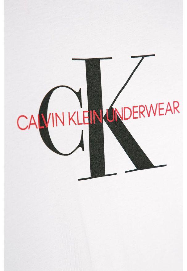 Biała bluzka z krótkim rękawem Calvin Klein Underwear z nadrukiem, na co dzień, z okrągłym kołnierzem, casualowa