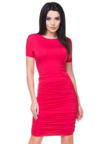 Tessita - Czerwona Sukienka Bodycon Drapowana na Bokach. Kolor: czerwony. Materiał: wiskoza, elastan, akryl. Typ sukienki: bodycon