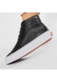 Vans - Sneakersy VANS - Sk8-Hi GORE-TEX VN0A4VJD23F1 Blk/True White. Kolor: czarny. Materiał: zamsz, skóra, materiał. Szerokość cholewki: normalna. Technologia: Gore-Tex. Styl: elegancki. Model: Vans SK8