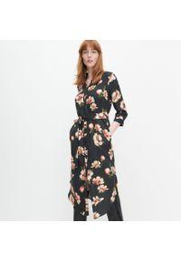 Sukienka Reserved szmizjerki, w kwiaty