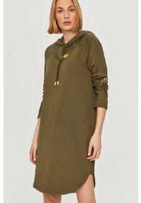 Oliwkowa sukienka G-Star RAW mini, z nadrukiem