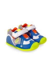 Buty sportowe Biomecanics z okrągłym noskiem, na rzepy