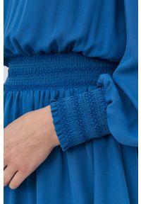 Marella - Sukienka. Typ kołnierza: kołnierzyk stójkowy. Kolor: niebieski. Materiał: tkanina. Długość rękawa: długi rękaw. Wzór: gładki. Typ sukienki: rozkloszowane
