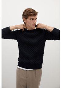 Mango Man - Sweter GASCON. Okazja: na co dzień. Kolor: niebieski. Materiał: dzianina. Długość rękawa: długi rękaw. Długość: długie. Wzór: ze splotem. Styl: casual