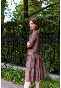 Marie Zélie - Sukienka Fringilla Idyllica. Typ kołnierza: kołnierzyk stójkowy. Materiał: materiał, skóra, wiskoza, poliester, tkanina