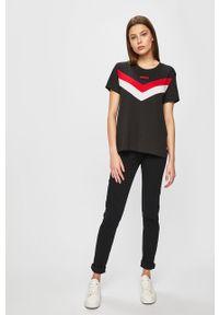 Levi's® - Levi's - Jeansy 721. Okazja: na spotkanie biznesowe. Kolor: czarny. Materiał: jeans. Wzór: gładki. Styl: biznesowy #4