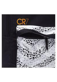 Plecak sportowy Nike CR7 CU1627. Materiał: materiał, poliester. Wzór: nadruk. Styl: sportowy
