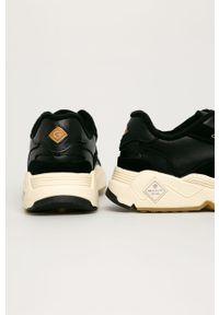 Czarne buty sportowe GANT na obcasie, na średnim obcasie, na sznurówki, z okrągłym noskiem