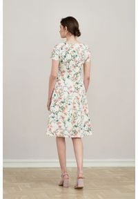 Marie Zélie - Sukienka Asteria Asarina. Materiał: elastan, bawełna, materiał. Wzór: gładki. Typ sukienki: trapezowe. Styl: klasyczny