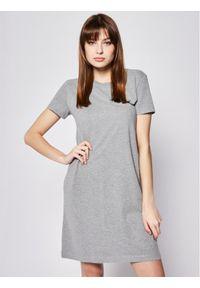 Superdry Sukienka codzienna Atlantic W8010138A Szary Regular Fit. Okazja: na co dzień. Kolor: szary. Typ sukienki: proste. Styl: casual