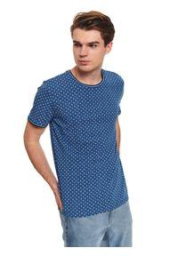 Niebieski t-shirt TOP SECRET krótki, casualowy, z krótkim rękawem, w kolorowe wzory