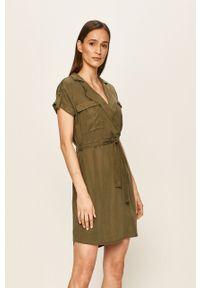 Oliwkowa sukienka Noisy may mini, z krótkim rękawem, na co dzień, casualowa