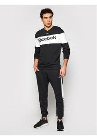 Reebok Bluza Training Essentials Linear Logo GJ0133 Czarny Slim Fit. Kolor: czarny