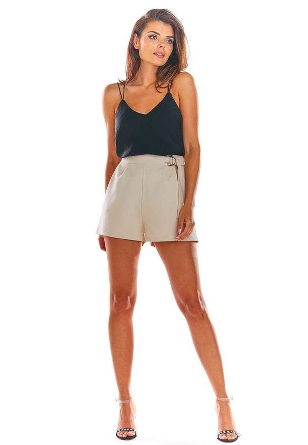 Beżowe spodnie z wysokim stanem Awama eleganckie, krótkie