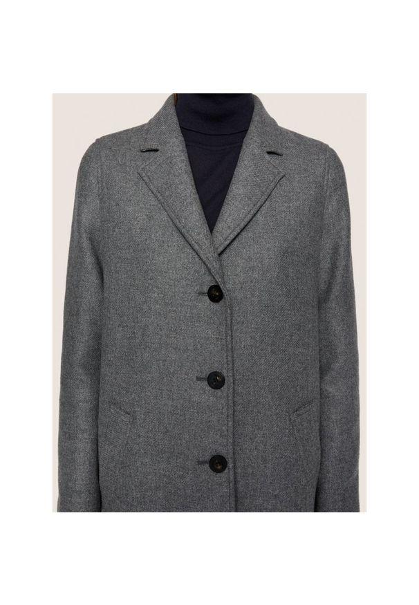 Szary płaszcz BOSS