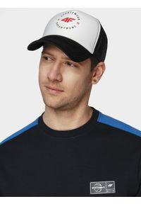 Czarna czapka 4f