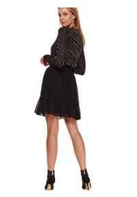TOP SECRET - żakardowy sweter. Kolor: czarny. Materiał: żakard. Długość: długie. Sezon: wiosna