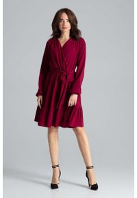Katrus - Bordowa Rozkloszowana Sukienka z Kopertową Górą. Kolor: czerwony. Materiał: poliester, wiskoza, elastan. Wzór: kwiaty. Typ sukienki: kopertowe