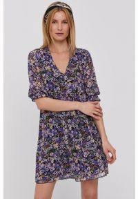 Haily's - Sukienka. Okazja: na co dzień. Kolor: fioletowy. Materiał: tkanina. Typ sukienki: proste. Styl: casual