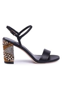Czarne sandały Loriblu klasyczne