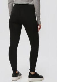 Czarne legginsy Born2be