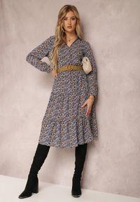 Renee - Granatowa Sukienka Nelo. Kolor: niebieski. Długość rękawa: długi rękaw. Wzór: kwiaty, aplikacja. Długość: midi
