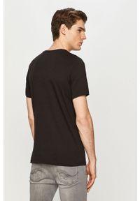 Czarny t-shirt Jack & Jones casualowy, na co dzień, z nadrukiem