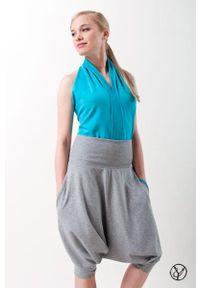 Spodnie Hultaj Polski na lato, w kolorowe wzory, krótkie