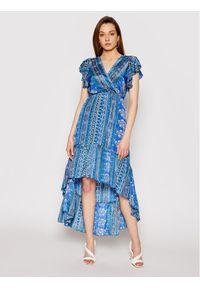 Niebieska sukienka na co dzień, prosta, casualowa