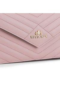 Wittchen - Damska listonoszka z trójkątną klapą. Kolor: różowy. Wzór: geometria. Materiał: skórzane. Styl: klasyczny