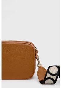 Coccinelle - Torebka skórzana Mini Bag. Kolor: brązowy. Materiał: skórzane. Rodzaj torebki: na ramię