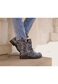 Czarne botki Zapato wąskie, na klamry