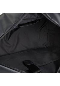 Czarna torba sportowa Strellson
