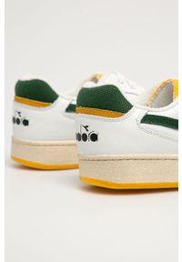 Białe sneakersy Diadora z okrągłym noskiem, z cholewką, na sznurówki