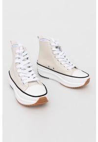 Answear Lab - Trampki. Nosek buta: okrągły. Zapięcie: sznurówki. Kolor: beżowy. Szerokość cholewki: normalna. Obcas: na platformie. Styl: wakacyjny