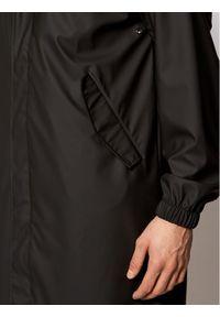 Czarna kurtka przeciwdeszczowa Rains casualowa, na co dzień