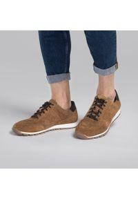 Wittchen - Męskie sneakersy zamszowe. Okazja: na co dzień. Kolor: brązowy. Materiał: zamsz, skóra. Sezon: wiosna