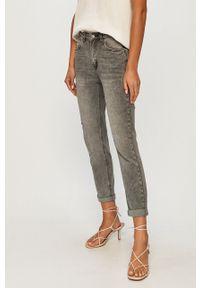 Szare jeansy ANSWEAR z podwyższonym stanem, wakacyjne