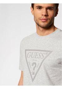 Guess T-Shirt U1GA06 J1311 Szary Regular Fit. Kolor: szary