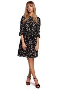 e-margeritka - Sukienka trapezowa odcinana w pasie - m. Materiał: wiskoza, materiał. Typ sukienki: trapezowe
