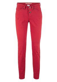 Czerwone jeansy bonprix klasyczne